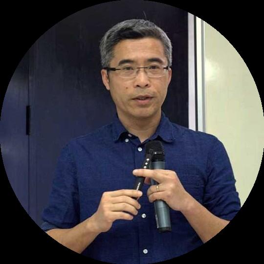 Tiến sĩ Đặng Hoàng Giang - Phó Giám đốc Trung tâm Nghiên cứu Phát triển Cộng đồng (CECODES)